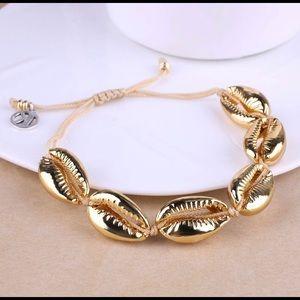 Gold VSCO girl shell bracelet
